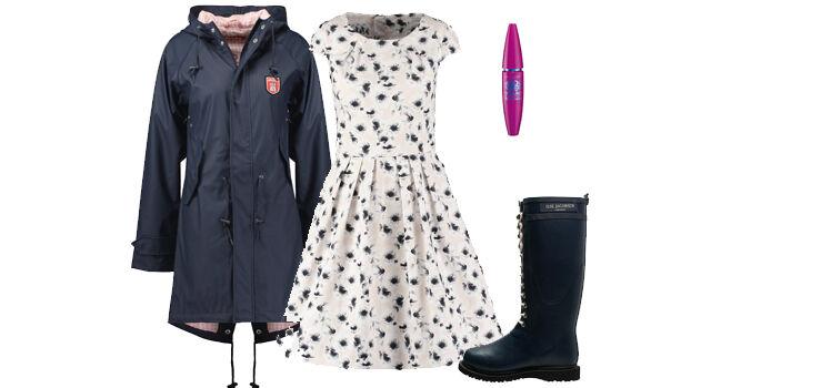 Sommerkleid im Herbst tragen