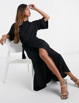 Midi-jurk met gedrapeerde halslijn en wikkelrok in zwart