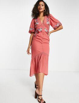 Midi jurk met pofmouwen en borduursels in kleirood