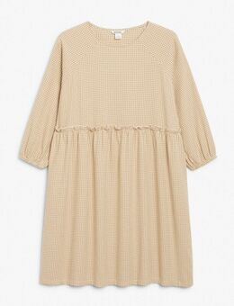 Sol - Aangerimpelde mini-jurk met ruitprint in beige