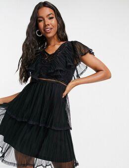 Mini-jurk met ruches in zwart