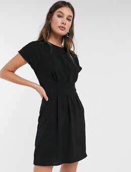 ASOS DESIGN Tall - Mini-jurk met ingenomen taille in zwart