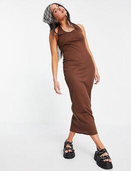Geribbelde maxi jurk met halternek-Bruin