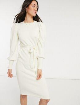 Gebreide midi-jurk met gestrikte taille in crème
