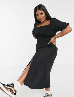 New Look Curve - Aangerimpelde midi jurk met pofmouwtjes in zwart