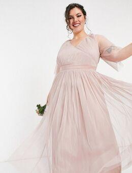 Anaya With Love Plus - Lange bruidsmeisjesjurk van tule met fladdermouwen in roze