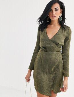 Diepuitgesneden mini-jurk met split in groen