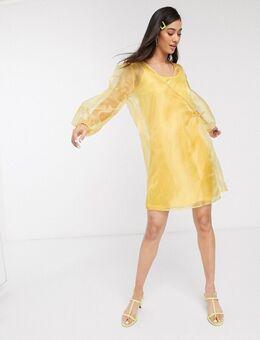 Jurk met overslag en volumineuze mouwen van iriserend organza-Geel