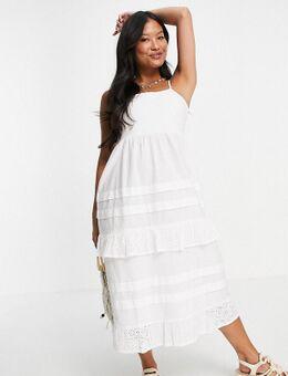 Violet Romance - Petite - Midi jurk met cami-bandjes en broderie in wit