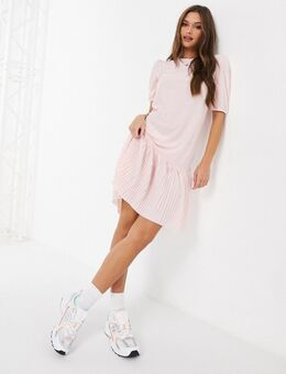 Paris - Midi-jurk met plissérok in roze