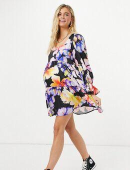 Blume Studio Maternity - Midi-jurk met geknoopte voorkant in zwarte bloemenprint-Meerkleurig