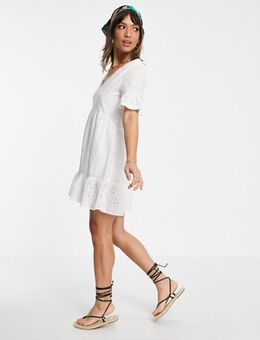 Broderie-jurk in wit