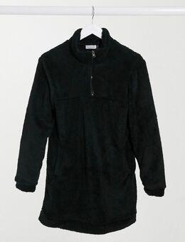 Jurk van borg met halve rits in zwart