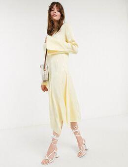 Camelia - Halflange jurk met uitlopende mouwen in geel-Wit