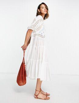 Delilah - Midi-jurk met borduurwerk in ivoorwit