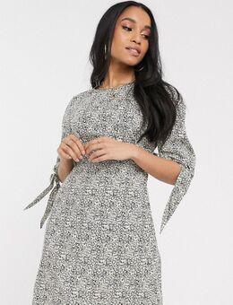 Mini-jurk met gestrikte mouwen en bloemenprint-Crème