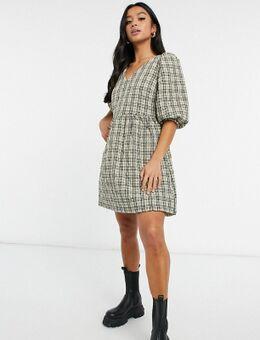 Doorgestikte aangerimpelde jurk in geruite print-Verschillende kleuren