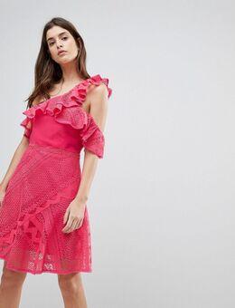 Jurk van kant met ruches en blote schouders-Roze