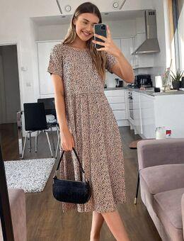 Aangerimpelde midi-jurk met vlekkenprint-Neutraal
