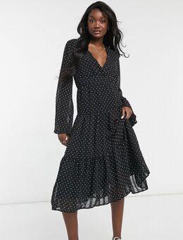 Gelaagde midi jurk met V-hals en stippenprint in zwart