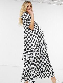 Blume Studio Maternity - Aangerimpelde maxi-jurk van satijn met korte mouwen en stippenprint in wit