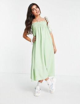 Aangerimpelde midaxi cami jurk met smokwerk in wasabigroen