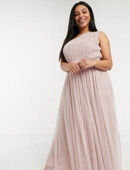 Anaya With Love Plus - Lange bruidsmeisjesjurk van tule met blote schouder in roze