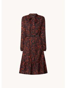 Midi jurk met strikkraag en ceintuur