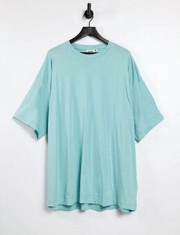 – Weites T-Shirt-Kleid in Grün