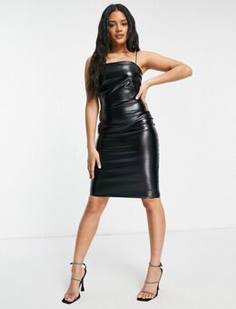 – Figurbetontes PU-Kleid in Schwarz mit schmalen Trägern