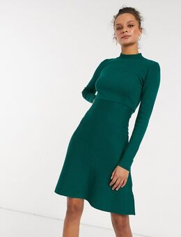 – Hochgeschlossenes, gestricktes Skater-Kleid in Smaragdgrün