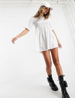 – Oversize-T-Shirt-Kleid mit Raffdetail in Weiß