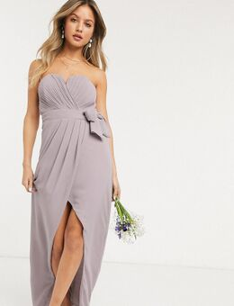 – Bridesmaid – Exklusives, trägerloses Midaxi-Kleid in Grau mit Wcikeldesign und Plissierung