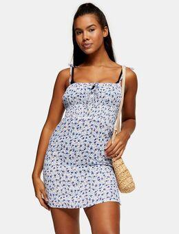 – Gerüschtes Mini-Strandkleid mit Blümchenmuster in Blau