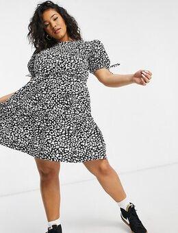Tiered mini dress in animal print-Multi