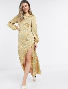 Long sleeve midaxi dress in multi leaf print