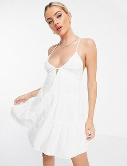 Babydoll tiered summer dress with open back in white