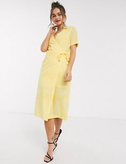 Textured wrap dress in lemon-Yellow