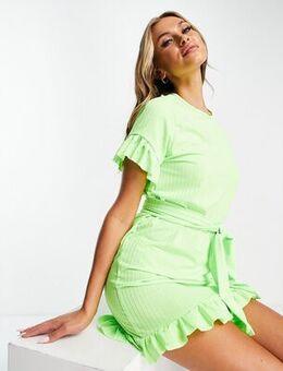 Tie waist dress in green