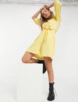 Wrap dress in yellow