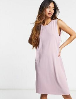Sleeveless midi dress in pink