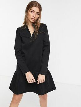 Half zip denim dress with pephem in black
