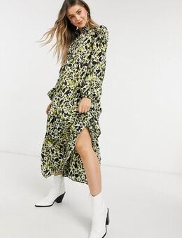 Tiered smock shirt midi dress in green smudge print