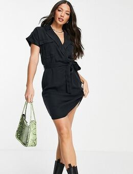 Shirt dress in black