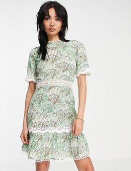Contrast lace mini dress in mint sea shell-Green