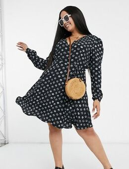 Long sleeve v-neck tea dress in shell print-Black