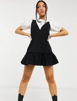 2 in 1 pinny dress in black