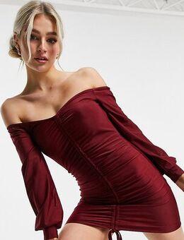 Ruching detail mini bodycon dress in burgundy-Red
