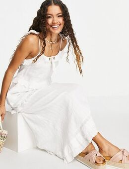Ruffle detail maxi dress in white