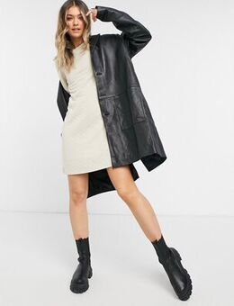 Quilted mini dress with 3/4 sleeves in stone-Black